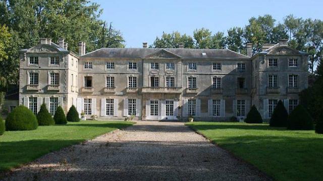 le-chateau-de-vaussieux-devoile-ses-atouts